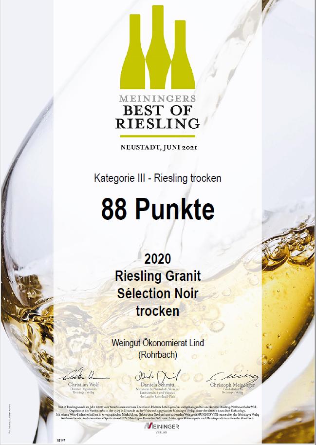 Unser 2020 RIESLING GRANIT Sélection Noir wurde beim Wettbewerb Best of Riesling 2021 mit 88 Punkten ausgezeichnet. Der im Jahr 2000 vom Weinbauministerium Rheinland-Pfalz ins Leben gerufene Wettbewerb gilt als größter anerkannter Riesling-Wettbewerb der Welt.