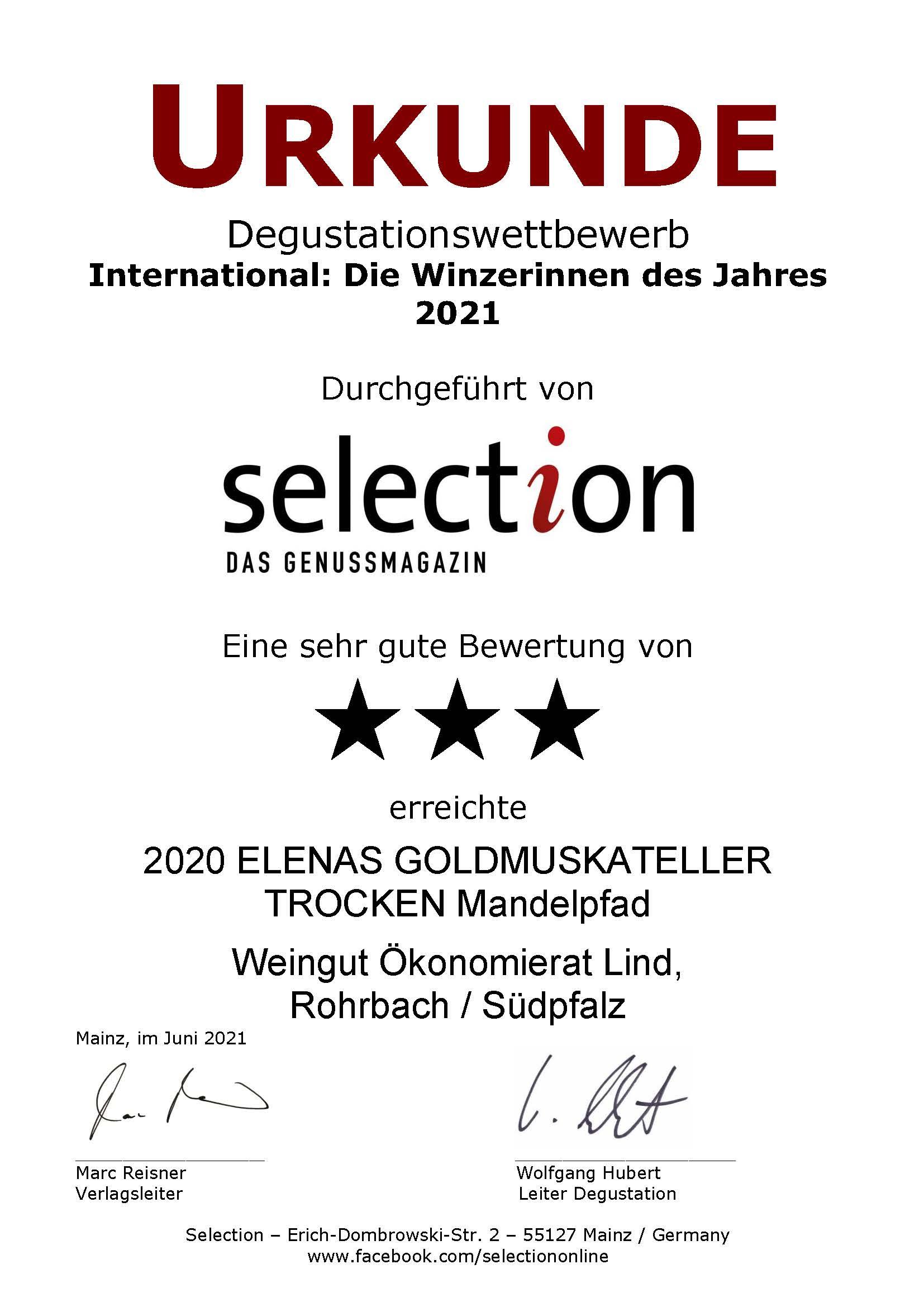 """3 Sterne beim internationalen Degustationswettbewerb """"International: Die Winzerinnen des Jahres 2021"""". Unser 2020 ELENAS GOLDMUSKATELLER TROCKEN Mandelpfad wurde von der Weinfachzeitschrift Selection mit einer Silbermedaille ausgezeichnet."""
